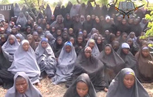 Mỹ tung máy bay giải cứu nữ sinh Nigeria bị bắt cóc