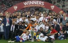 Hạ Benfica trên chấm 11 m, Sevilla đăng quang Europa League