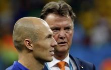 Robben khiến tân HLV M.U bẽ mặt