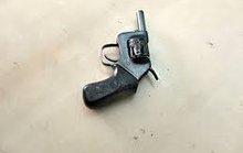 Đình chỉ công tác Đội trưởng đội CSĐT dùng súng đe dọa tổ liên ngành