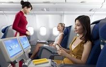 Vietnam Airlines nâng hạng thương gia cho người đi cùng