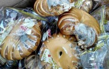 Trung Quốc cứu nạn nhân bão Thần Sấm bằng bánh mì mốc