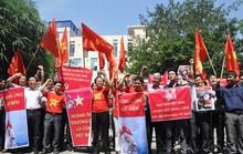 Quyết liệt phản đối Trung Quốc