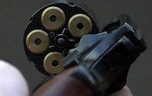 Mỹ: Bé 4 tuổi bắn vào miệng bạn