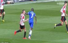 Ramires đối mặt với án phạt vì đánh nguội cầu thủ Sunderland