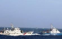 Tàu kiểm ngư Việt Nam áp sát giàn khoan Hải Dương 981