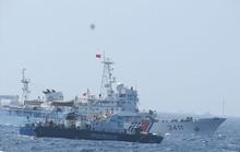 Mỗi lần tàu Việt Nam phát loa yêu cầu rút, tàu Trung Quốc rú còi