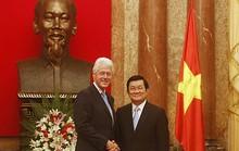 Bill Clinton chỉ trích Trung Quốc về biển Đông