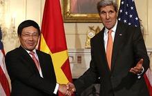 Mỹ giúp Việt Nam về an ninh hàng hải