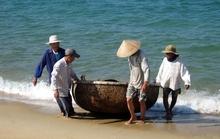 Thúng chai chở 6 người bị chìm, 1 ngư dân tử nạn