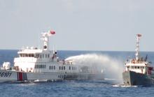 Trung Quốc đưa tàu săn ngầm, hộ vệ tên lửa đến giàn khoan trái phép