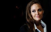 Angelina Jolie cắt bỏ buồng trứng ngừa ung thư