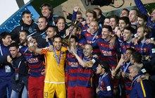 Barcelona dạo chơi vẫn giành cúp thế giới