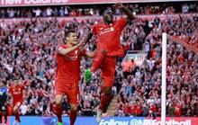 Ghi bàn đầy tranh cãi, Benteke giúp Liverpool bay cao
