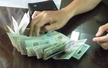 Bắt giam 3 cán bộ quản lý thị trường nhận hối lộ