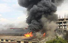 Hà Nội: Cháy lớn tại một liên doanh ô tô