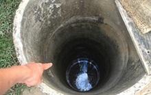 Mẹ và con trai 2 tháng tuổi chết bất thường dưới giếng sâu