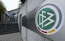 Cơ quan thuế khám xét trụ sở LĐBĐ Đức, điều tra nghi án hối lộ