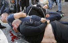 CĐV Dortmund đánh nhau với cảnh sát Hy Lạp