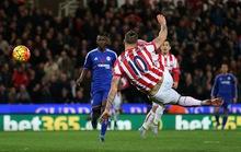 Ngày không Mourinho, Chelsea gục ngã ở Britannia
