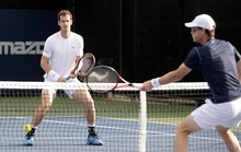 Murray lỡ cơ hội đối đầu Djokovic ở... đôi nam Rogers Cup