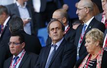 """Platini bất ngờ được """"giải cứu"""", sắp được minh oan"""