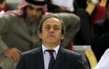 """Sepp Blatter phản công Platini, tố người Pháp """"bắt tay"""" Qatar"""