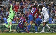 Fellaini giúp Man United giành 3 điểm nhọc nhằn ở Selhurst Park