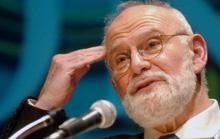 Nhà văn danh tiếng của Anh qua đời vì ung thư