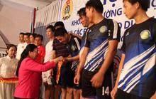 Hơn 800 CNVC-LĐ dự hội thao