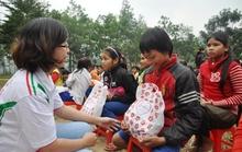 Tặng 736 phần quà cho thành viên nghèo