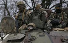 Ukraine lo phe ly khai tập hợp lại lực lượng