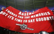 Arsenal thắng đậm, CĐV vẫn đòi sa thải HLV Wenger