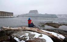 Tàu chiến Mỹ lo bị đâm phải vì quá...tàng hình