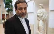 Mỹ sẽ mua nước nặng của Iran