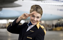 6 sự thật ít biết về nghề tiếp viên hàng không