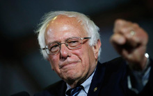 Ông Sanders chia tay đảng Dân chủ