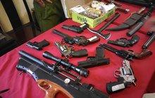 Bắt nhóm giết người có kho vũ khí khủng