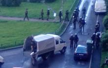 Nga vây chung cư ở St Petersburg, truy bắt phiến quân Bắc Caucasus