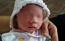Quét sân chùa phát hiện bé gái sơ sinh trong bọc quần áo