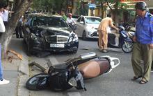 Xe Mercedes gây tai nạn liên hoàn ở trung tâm Hà Nội