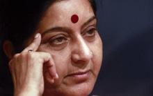Ấn Độ: Ngoại trưởng nhập viện, dân đổ xô hiến thận
