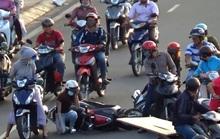 [VIDEO]: Nguy hiểm rình rập trên đại lộ đẹp nhất TP HCM