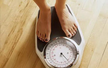 Ăn ít calo vẫn tốt cho người không dư cân