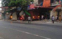 Hung thần xa lộ xuyên thủng 3 nhà dân