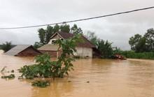Mưa lũ làm 24 người chết và mất tích, ngập gần 100.000 nhà
