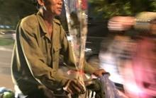 Xúc động với bó hoa 10.000 của người đàn ông mua tặng vợ