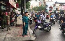 Một người bị chém lìa tay trên đường phố TP HCM