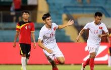 U19 Việt Nam vươn lên ngôi đầu