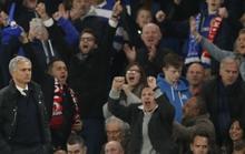 Chelsea - M.U 4-0: Ngày về ác mộng của Mourinho
